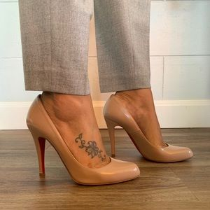 Christian Louboutin Nude pumps size 7.5